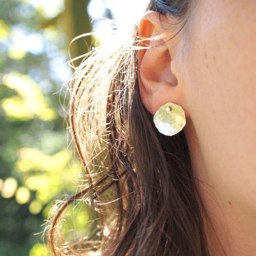 Boucles d'oreilles bébé pilea en argent recyclé